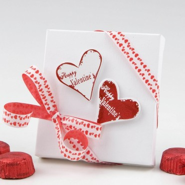 Caja de bombones y corazones